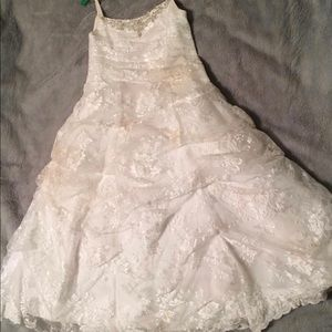 Flower Girl / First Communion / White Lace Dress
